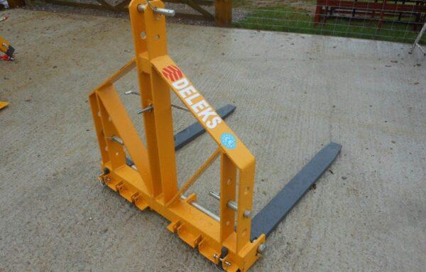 Pallet Forks D700 700kg Capacity